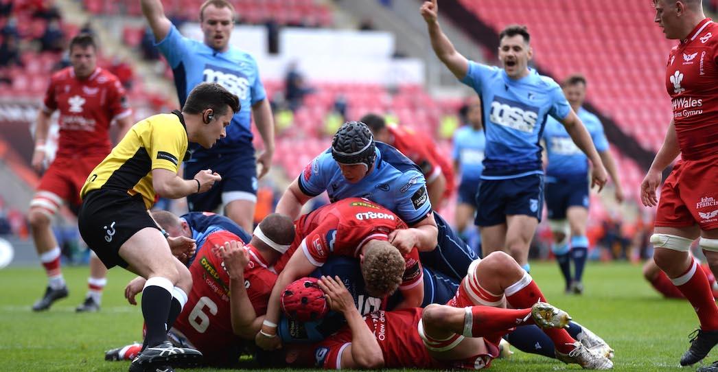Scarlets 28 Cardiff Blues 29
