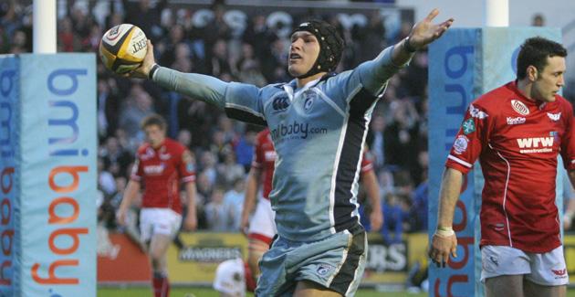 Cardiff Blues 35 Llanelli Scarlets 26